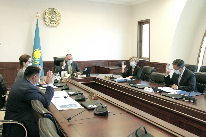 Senat depýtaty Darıǵa Nazarbaevanyń ókilettigi toqtatyldy