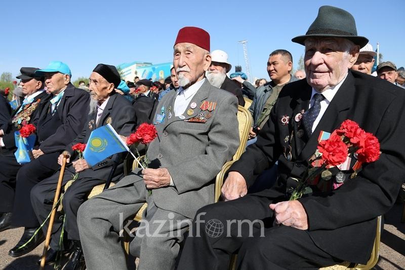 Сколько ветеранов ВОВ проживает в Казахстане