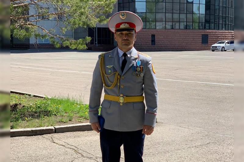 Алматы облысының батыр-полицейі мемлекеттік наградамен марапатталды