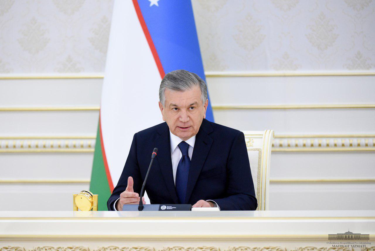 Коронавирус: Өзбекстанда «жасыл», «сары», «қызыл» деңгейлер енгізілуде