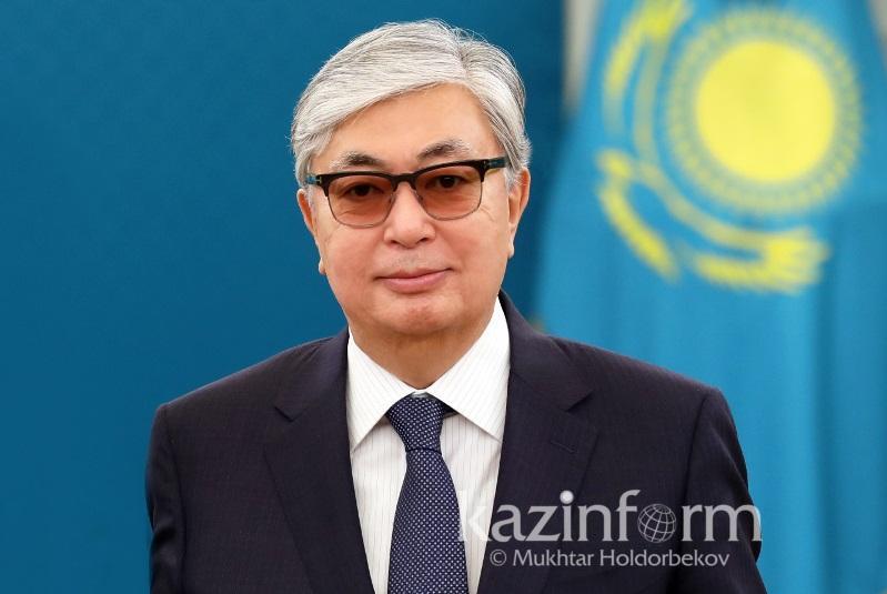托卡耶夫总统向全体哈萨克斯坦人民致以胜利75周年祝贺
