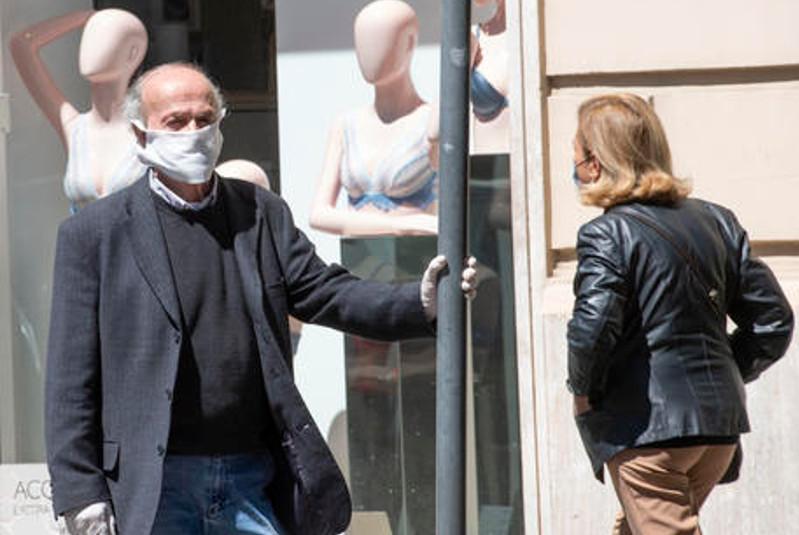 Coronavirus deaths in Italy up 274 - English