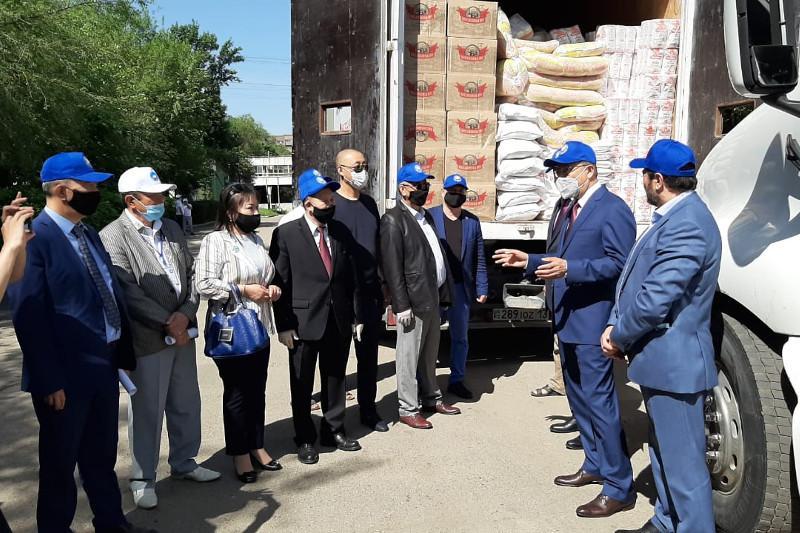 Мақтаралдықтар Қазақстан халқы Ассамблеясынан180 тонна гуманитарлық көмек алды