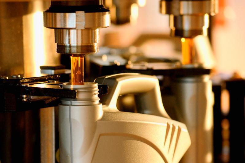 О беспрецедентных мерах по поддержке производителей ГСМ рассказали в Минэнерго