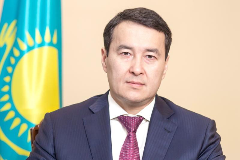 斯马伊洛夫出任政府第一副总理