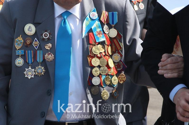 Оралда соғыс ардагерінің орден-медальдары қолды болды