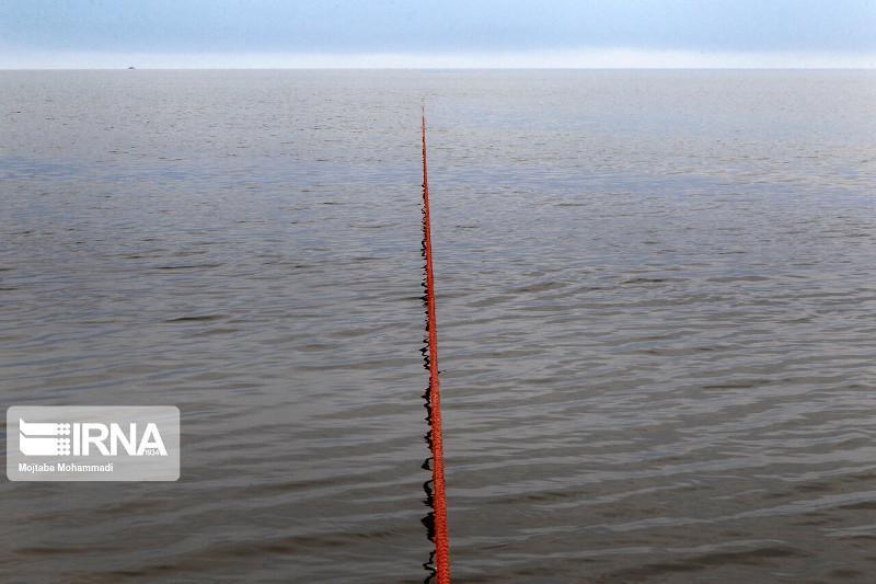 Эрон олимлари Каспий денгизида сув сатҳи пасайиб кетганини айтишмоқда