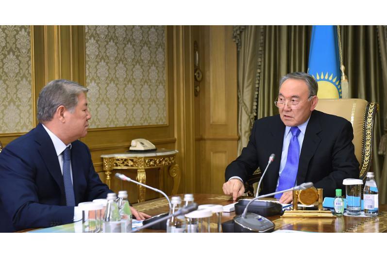 Elbasy receives Akhmetzhan Yessimov