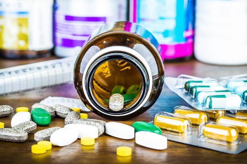 Пандемияға байланысты Қазақстанға шетелден дәрі-дәрмек жеткізу қиындады