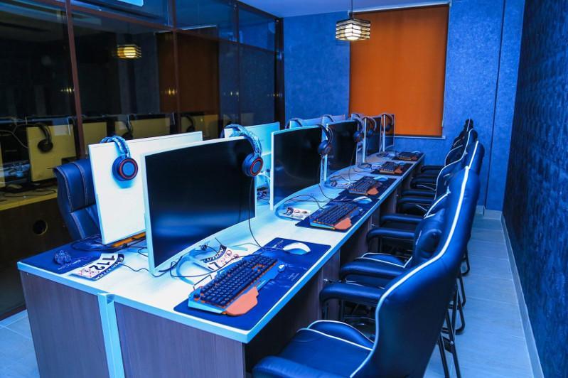 Астаналық оқушы түнгі үште компьютер клубында болған