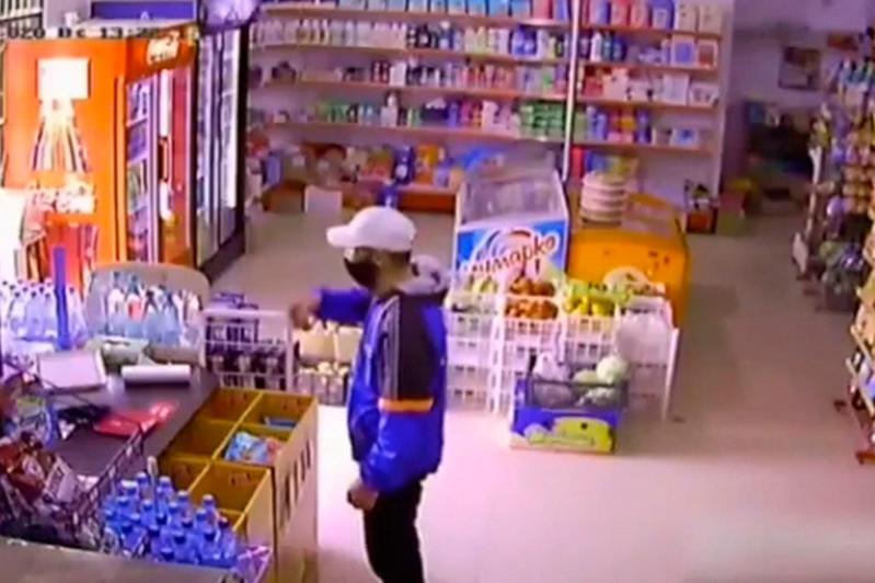 Мужчина воровал ящики для пожертвований в Жанаозене