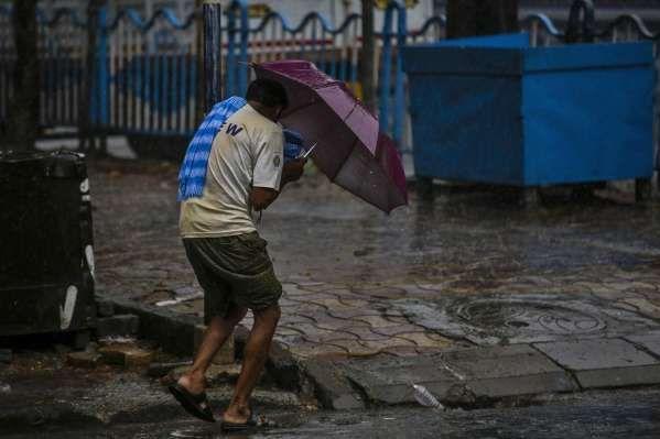 超强台风安芬导致印度和孟加拉近百人死亡