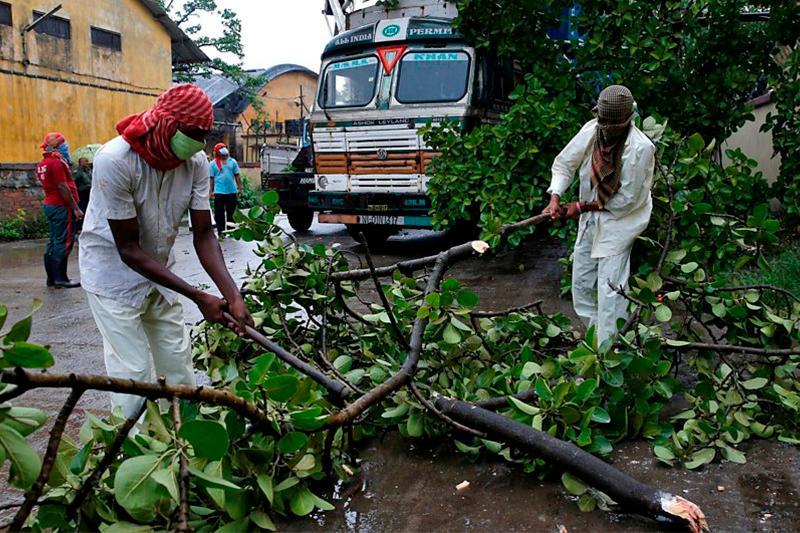 Ҳиндистон ва Бангладешда Амфан циклони қурбонлари 84 кишига етди