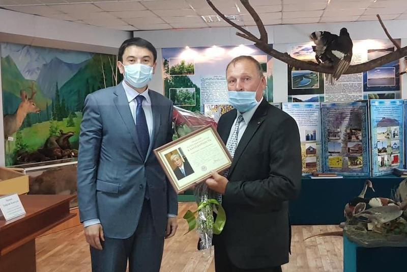 Президент поблагодарил инспектора из Алматинской области за активную борьбу с браконьерами