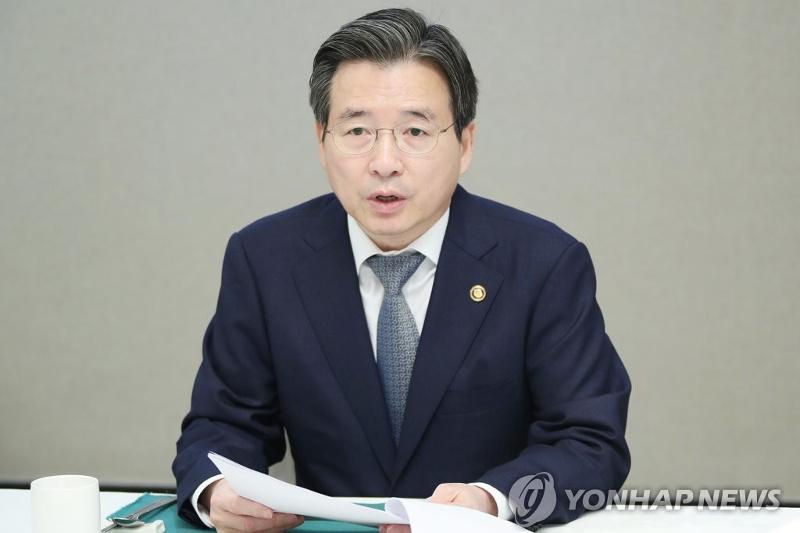 S. Korea may face worst economic slump in Q2: vice finance minister