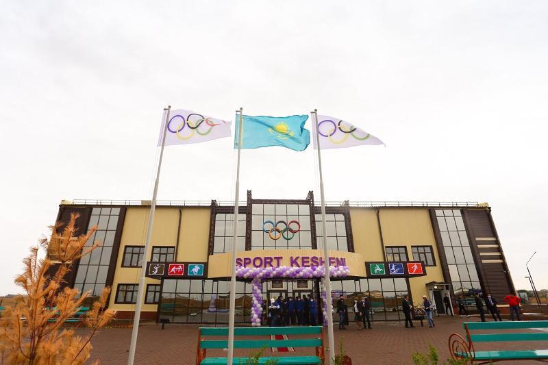 В районном центре ЗКО открыли новый физкультурно-оздоровительный комплекс