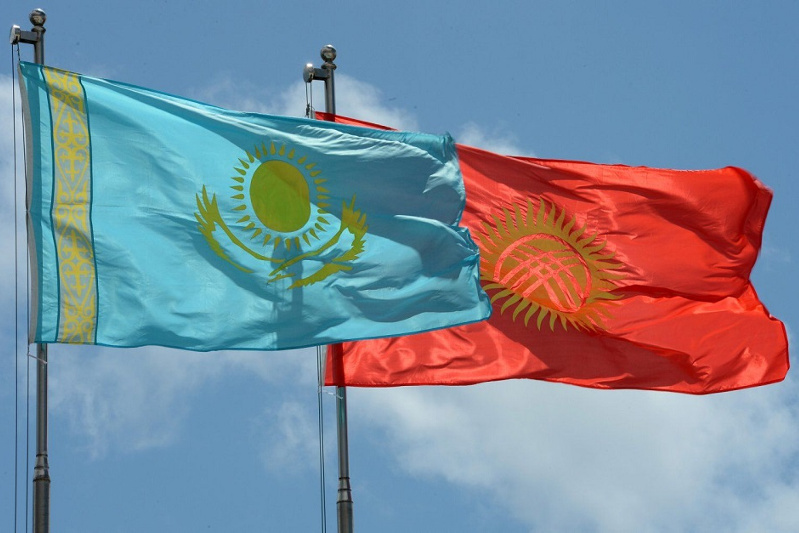 吉尔吉斯斯坦大使向哈萨克斯坦边防官兵致谢
