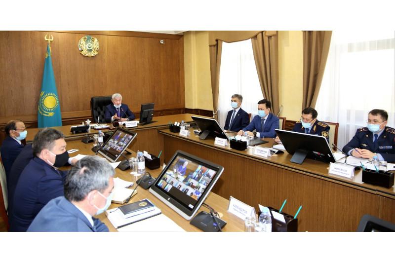 Бердибек Сапарбаев объявил выговор акимам Тараза, Байзакского и Таласского районов