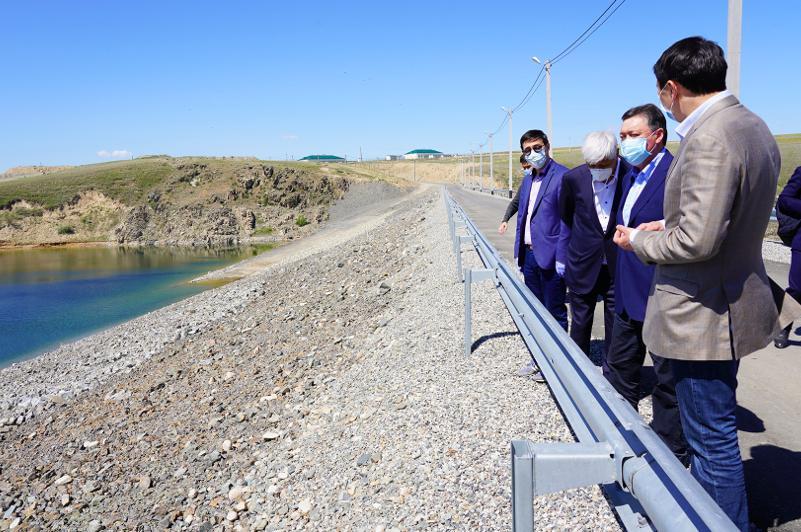 Аскар Мамин ознакомился с состоянием гидротехнических сооружений Алматинской области