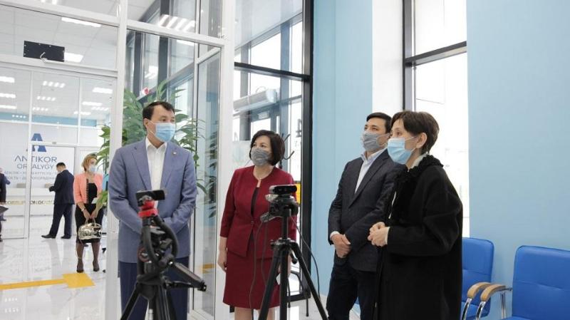 Помощник Президента Тамара Дуйсенова ознакомилась с проектами столичного антикор-центра