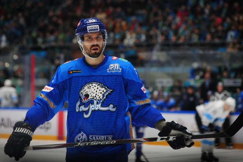 Швед хоккейшісі Линус Виделль «Барыспен» келісімшартын бір жылға ұзартты