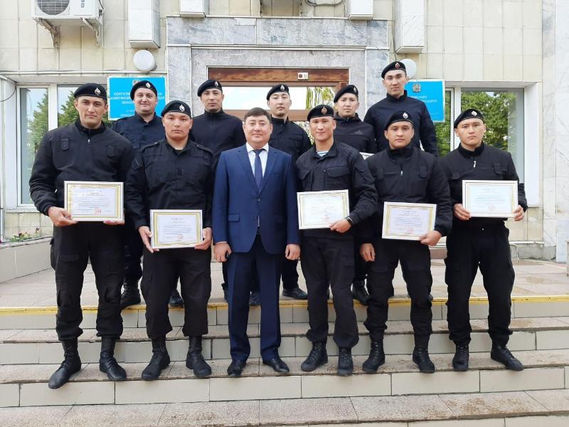 СОБРовцы охраняли село с очагом коронавируса в СКО