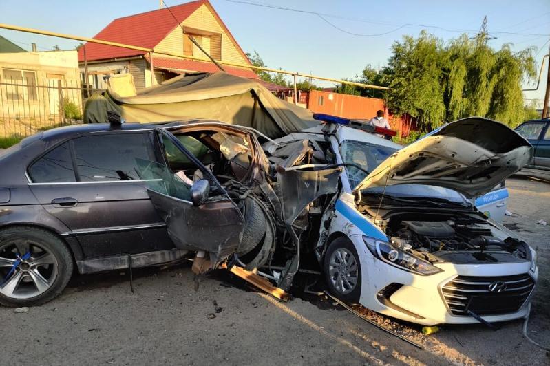 Протаранивший блокпост в Алматы водитель ранее работал в полиции
