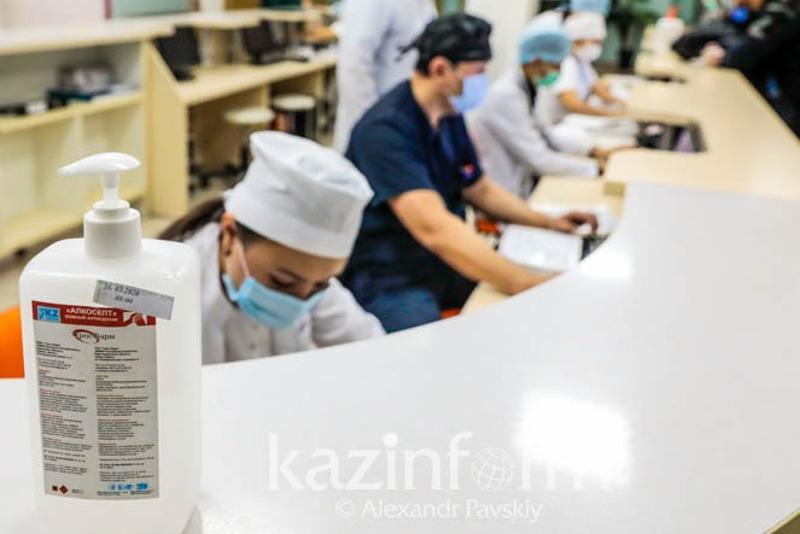 Для сотрудников ЦГКБ Алматы с 1 июня установлен вахтовый метод работы