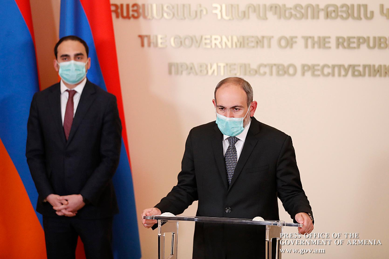 О второй волне коронавируса в Армении сообщил премьер Пашинян