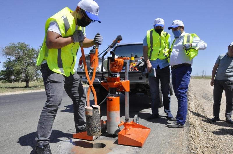 Бәйдібек ауданында жаңадан төселген жолдардың сапасына мониторинг жүргізілді