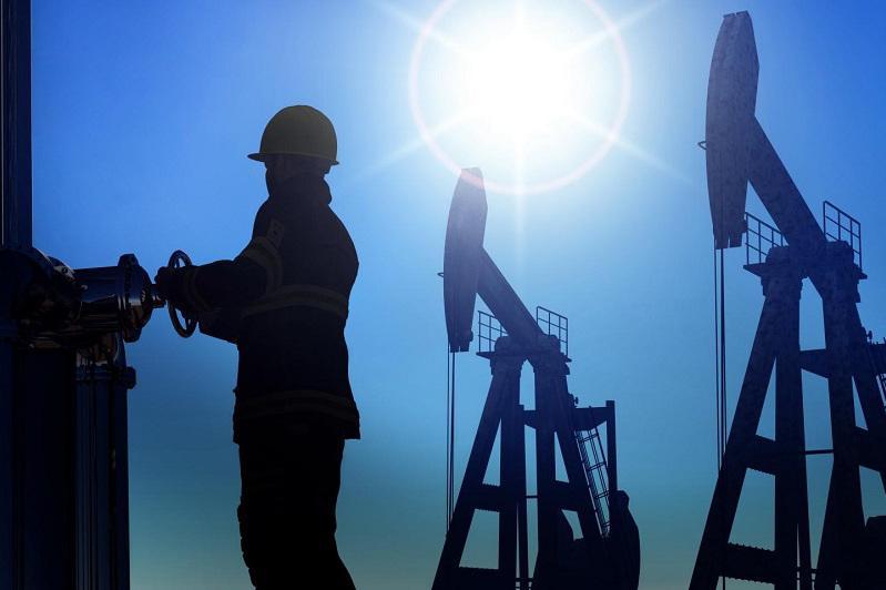 В компаниях нефтяного сервиса 3500 человек освобождены от работы - Нурлан Ногаев