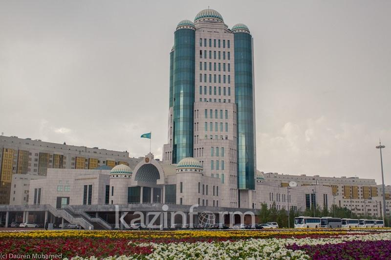 Сенат парламенттік оппозицияға қатысты заңды қабылдады