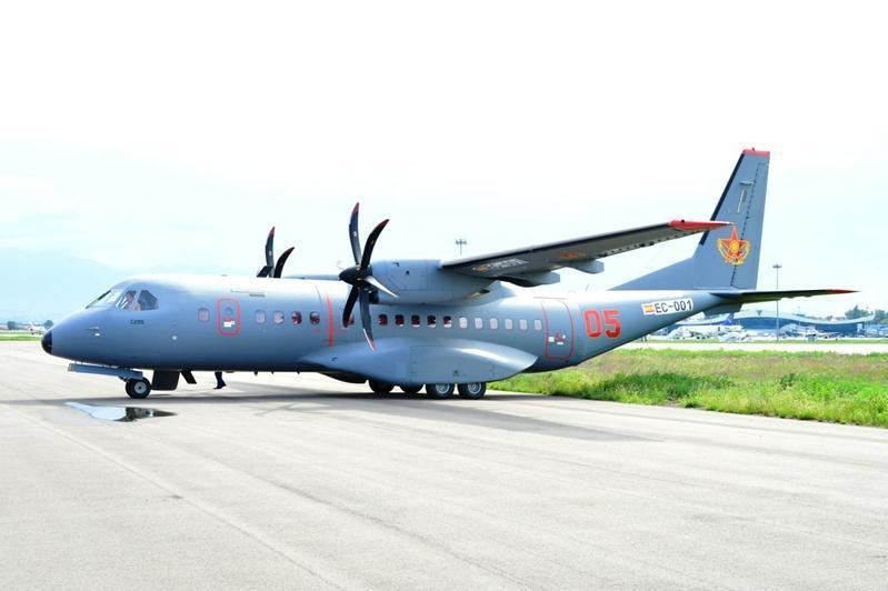 国防部结束对C-295运输机迫降事件的调查