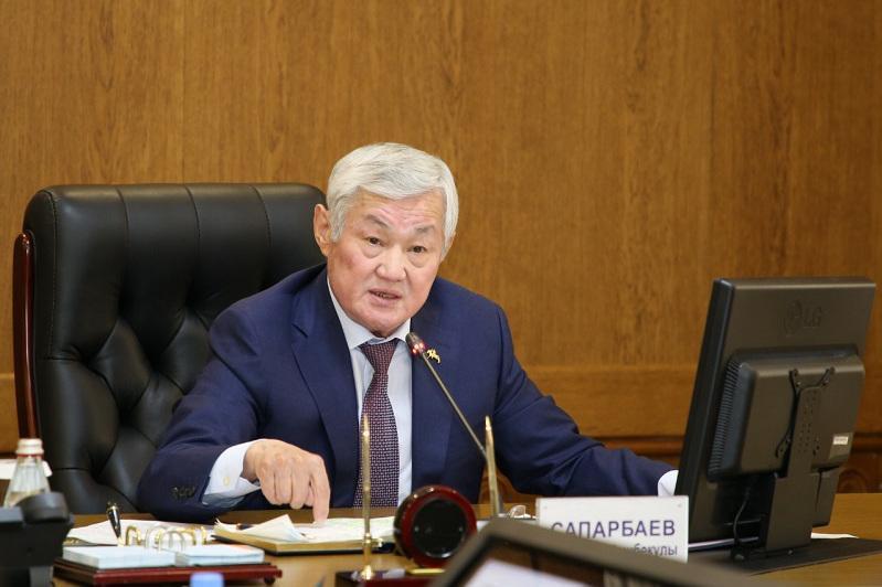 Убрать все барьеры для людей с особыми потребностями потребовал Бердибек Сапарбаев