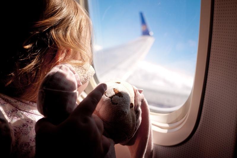 哈萨克斯坦14岁以下儿童或将免费搭乘国内航班