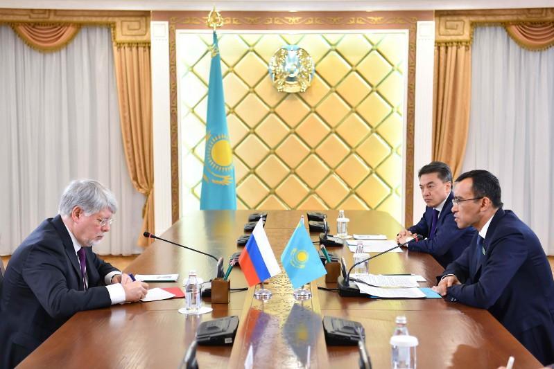 Maulen Asimbayev met with Russian Ambassador to Kazakhstan