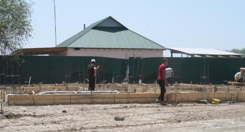 В селе Фердауси Мактааральского района начато строительство 10 домов