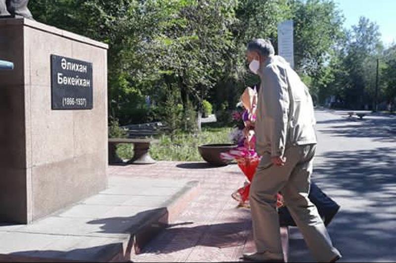 Память Алихана Бокейханова и Каюма Мухамедханова почтилив Семее