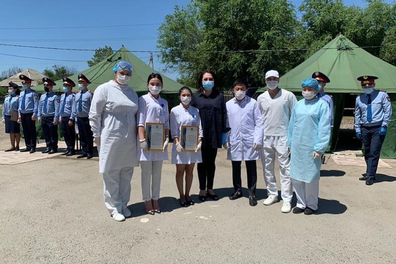 Елжан Биртанов выразил благодарность медикам, полицейским и волонтерам