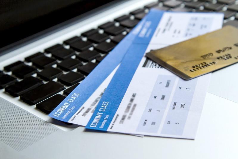 Әуе компаниялары билет құнын айыппұлсыз, толық қайтаруға міндетті – Бейбіт Атамқұлов