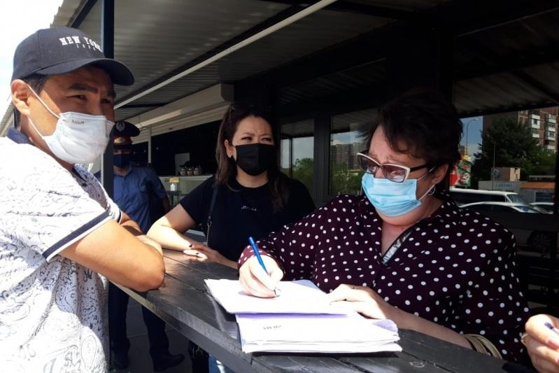 Более 150 объектов бизнеса Караганды получили акты готовности к работе во время карантина