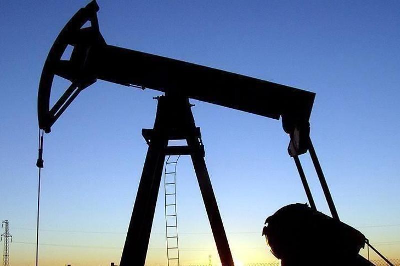 Brent oil passes $40 a barrel with OPEC cut hopes