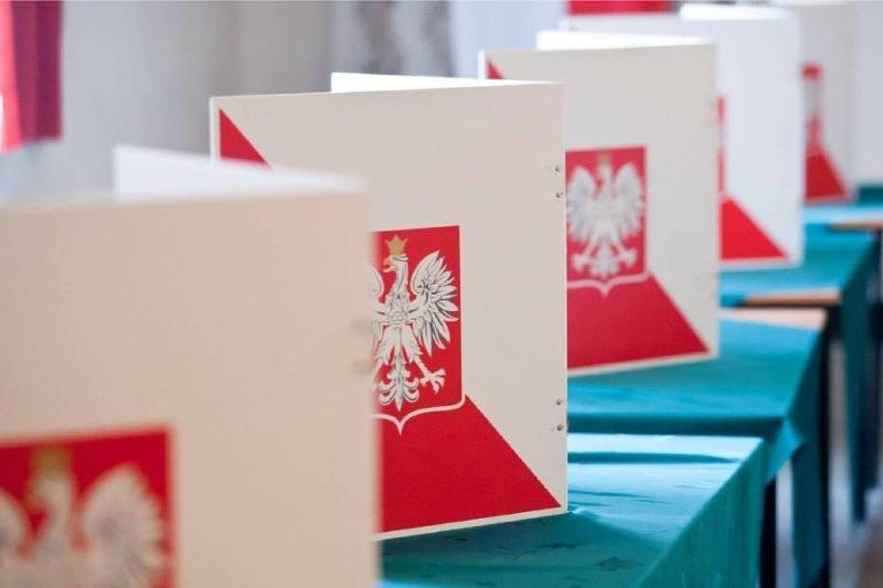 Польшада президент сайлови 28 июнь куни ўтказилади