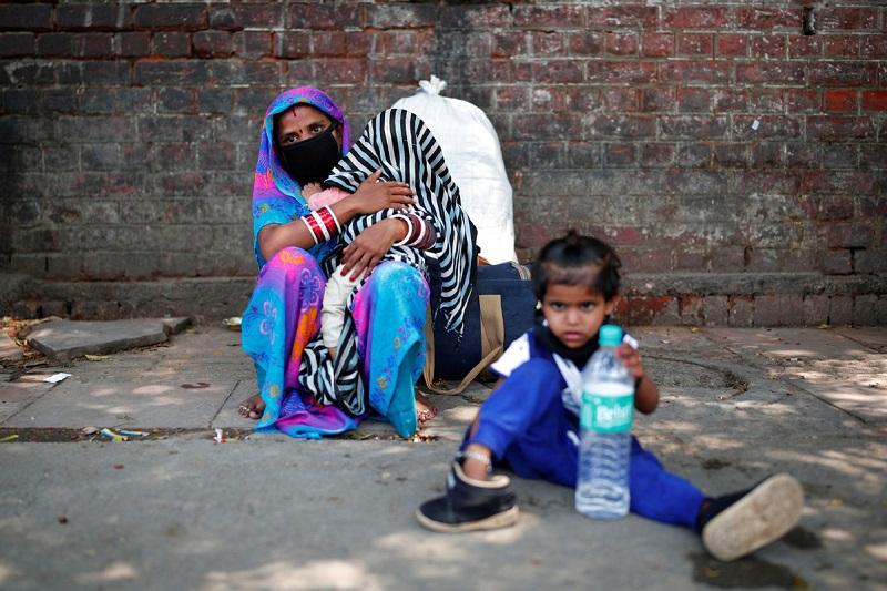 印度新冠确诊病例突破20万 专家认为疫情高峰尚未到来