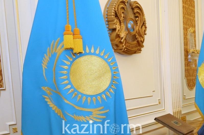6月4日是哈萨克斯坦国家象征日