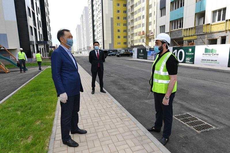 Аким Алматы посетил стройплощадку ЖК «Алатау Сити»