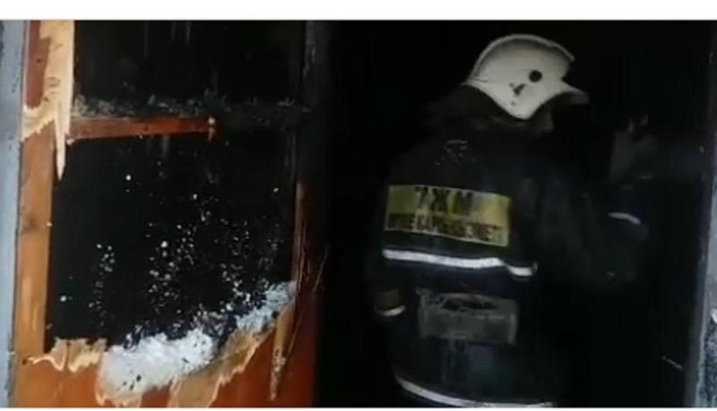 Пять человек вызволили пожарные из огня в Жезказгане