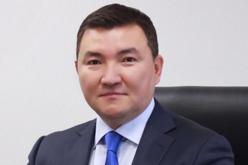 阿舒耶夫被任命为哈萨克斯坦共和国财政部执行秘书
