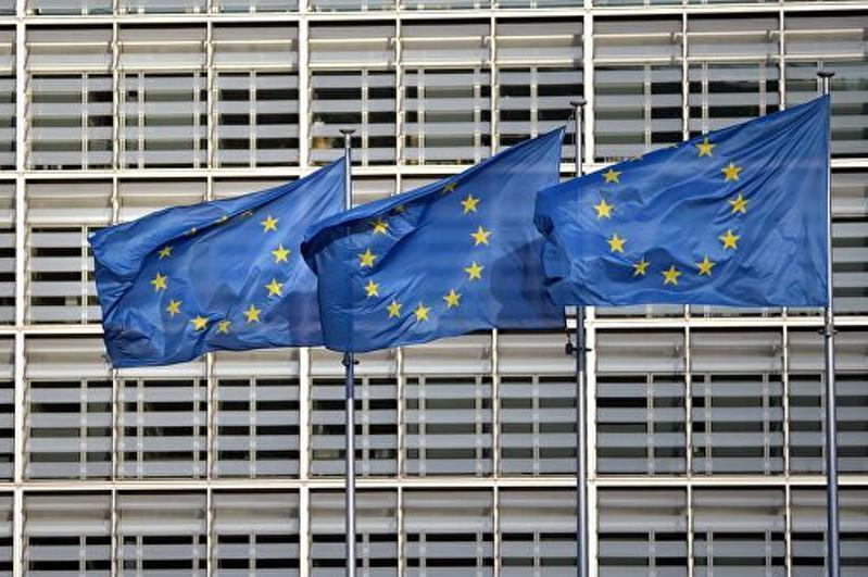 Запрет на «несущественные поездки» в ЕС продлят до июля