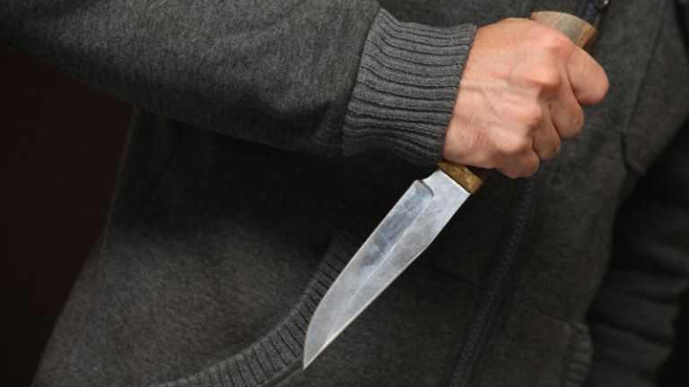 В Петропавловске гвардейцы обезвредили дебошира с ножом
